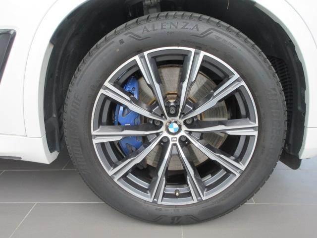 xDrive 35d Mスポーツ 正規認定中古車 弊社元社有車 アダプティブLEDヘッドライト ジェスチャーコントロール 4ゾーンエアコン リバースアシスト ハーマンカードンスピーカー オートマチックテールゲート 純正20インチ(19枚目)