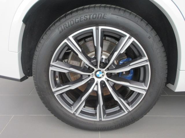 xDrive 35d Mスポーツ 正規認定中古車 弊社元社有車 アダプティブLEDヘッドライト ジェスチャーコントロール 4ゾーンエアコン リバースアシスト ハーマンカードンスピーカー オートマチックテールゲート 純正20インチ(20枚目)