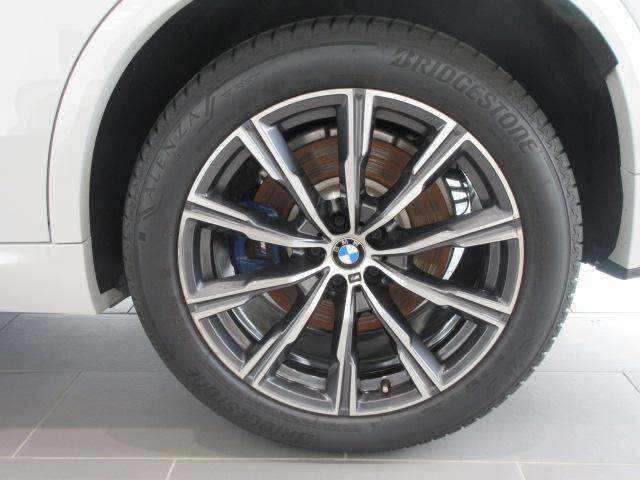 xDrive 35d Mスポーツ 正規認定中古車 弊社元社有車 アダプティブLEDヘッドライト ジェスチャーコントロール 4ゾーンエアコン リバースアシスト ハーマンカードンスピーカー オートマチックテールゲート 純正20インチ(21枚目)