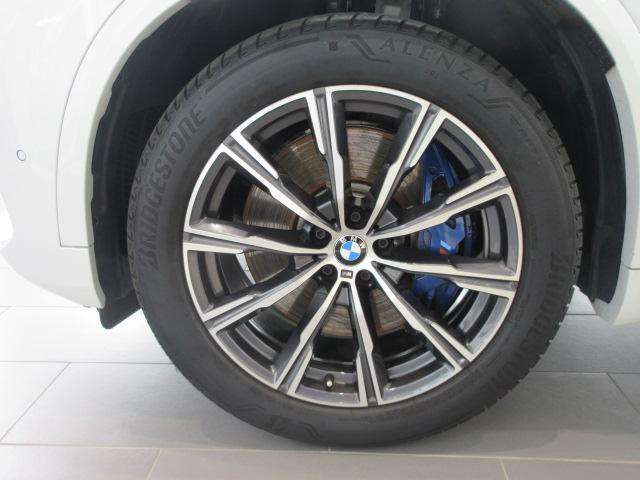 xDrive 35d Mスポーツ 正規認定中古車 弊社元社有車 アダプティブLEDヘッドライト ジェスチャーコントロール 4ゾーンエアコン リバースアシスト ハーマンカードンスピーカー オートマチックテールゲート 純正20インチ(22枚目)