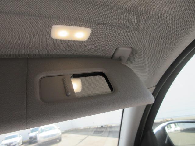 118d スタイル 正規認定中古車 弊社元社有車 LEDヘッドライト 純正HDDナビ コンフォートアクセス ドライビングアシスト パーキングアシスト ハーフレザーシート シートヒーター 純正16インチ バックカメラ(37枚目)