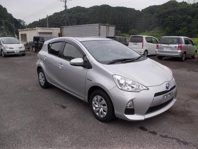 「トヨタ」「アクア」「コンパクトカー」「栃木県」の中古車4