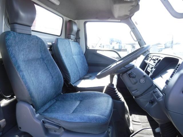 三菱ふそう キャンター ユニック3段セルフクレーン ハイジャッキ 積載2300kg