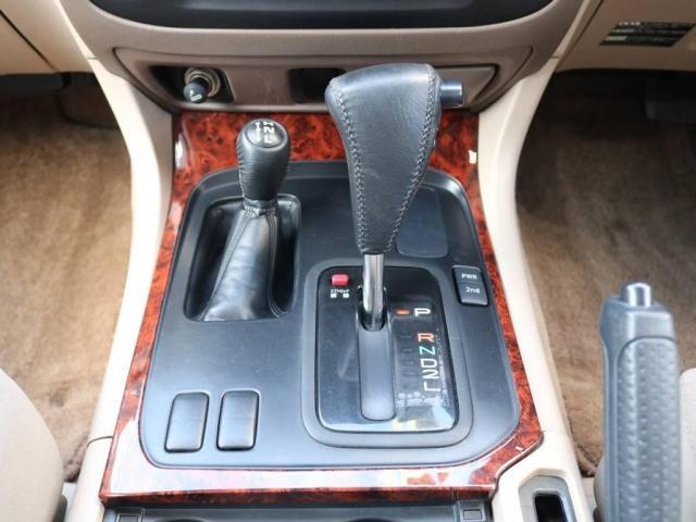 4.7 VXリミテッド 4WD(16枚目)