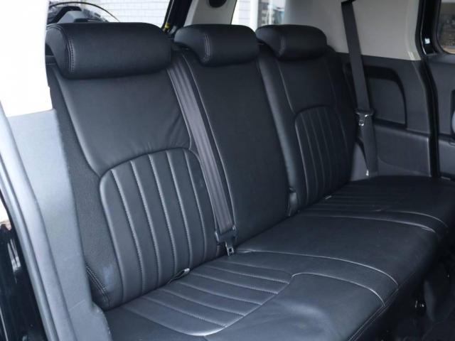 4.0 ブラックカラーパッケージ 4WD 2UP KM3(8枚目)