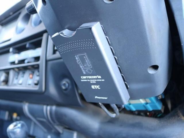 4.0 VX  4WD ロールーフ(17枚目)