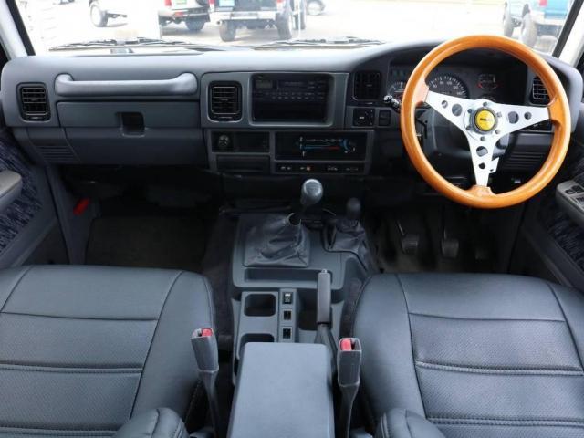 3.0 SXワイド ディーゼルターボ 4WD 5速MT(2枚目)