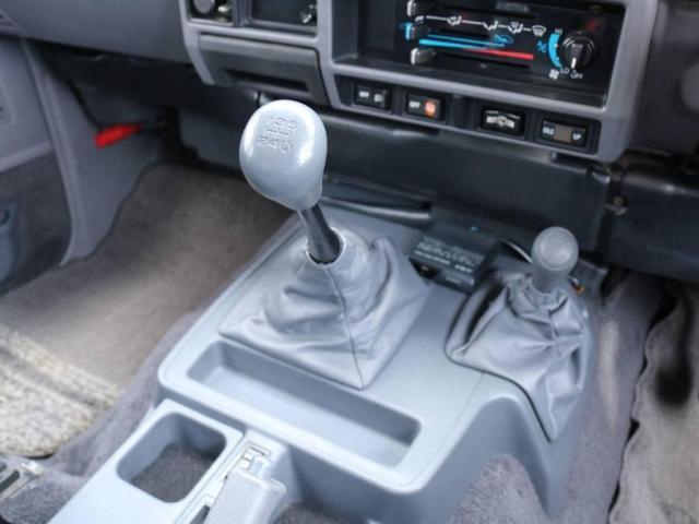 3.0 SXワイド ディーゼルターボ 4WD 5速MT(17枚目)