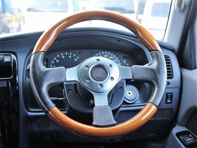 SSR-X 新品TOYOTAロゴグリル 新品ヘッドライト 新品USコーナー 新品スモークLEDテール 新品BFG AT 新品コロラドホイール リフトアップ ブラックペイント済(24枚目)