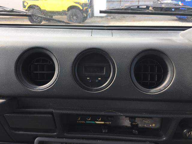 スズキ ジムニー SJ30 5速マニュアル 4WD