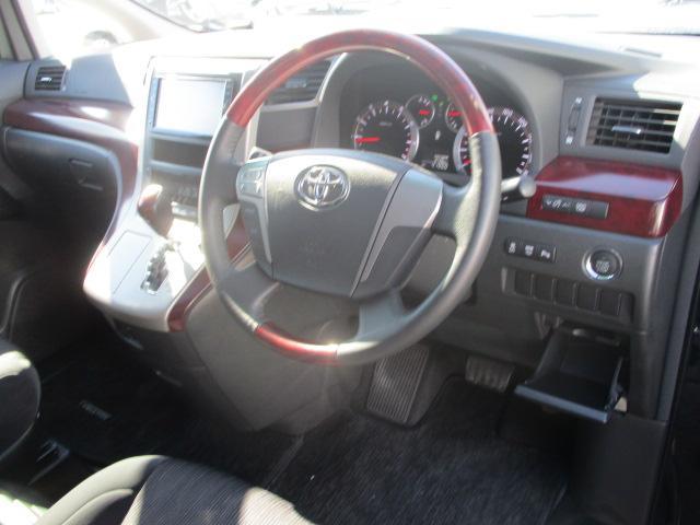 トヨタ ヴェルファイア 2.4Z ツインサンルーフ HDDナビ 電動スライドドア