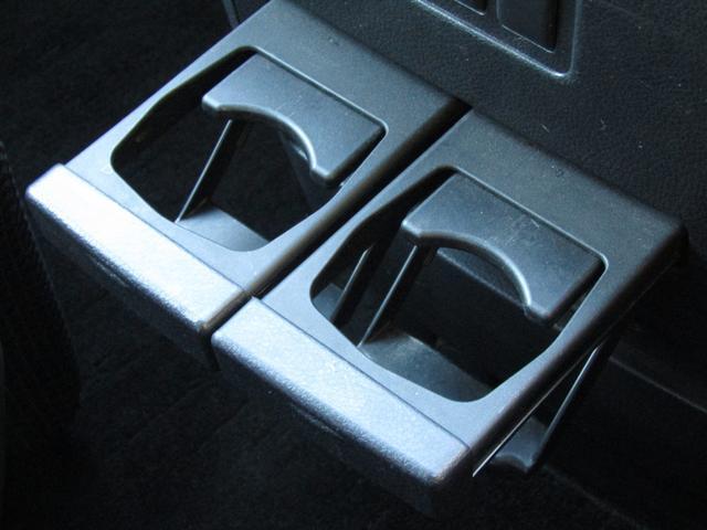 250ハイウェイスターアーバンクロム キーフリー プッシュスタート 純正HDDナビ フルセグ アラウンドビューモニター 後席モニター 両側パワースライドドア HIDヘッドライト ETC(12枚目)
