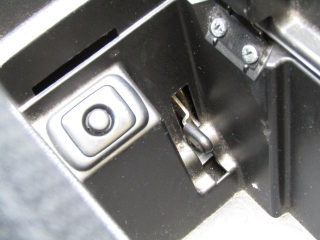 アクティブトップ 5速マニュアル キーレス 社外CDデッキ 社外アルミホイール 運転席・助手席エアバッグ パワーステアリング パワーウインドウ ABS(37枚目)