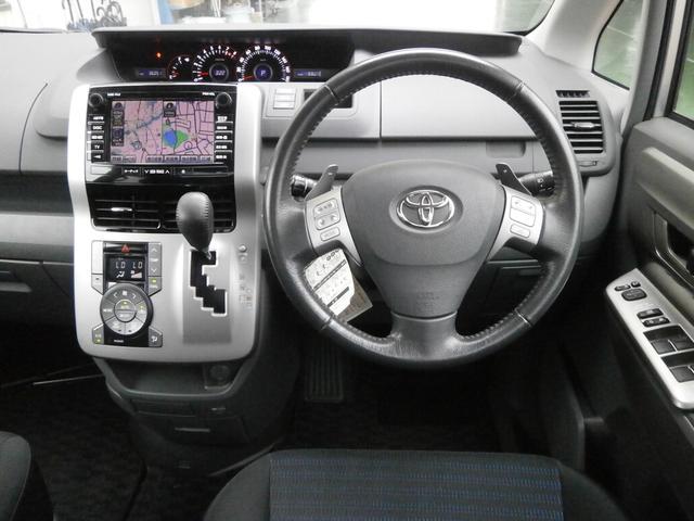トヨタ ヴォクシー ZS 純正HDDナビ 両側パワースライドドア サンルーフ