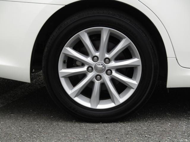 アルミ装備で足元もオシャレに決まってます!!タイヤの入替もご相談ください!チューブはタイヤもお買得!