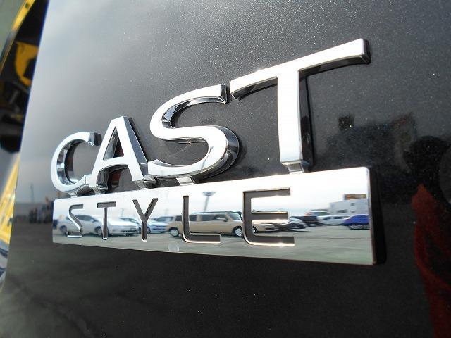 各種メーカーのカタログが有りますので、どんなお車がいいかお悩み中のお客様、一緒に悩みましょう!