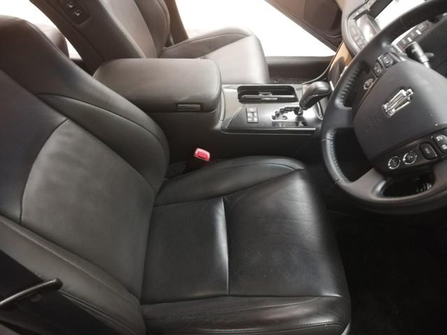トヨタ クラウンハイブリッド ベースグレード サンルーフ 本革エアシート 純正マルチ