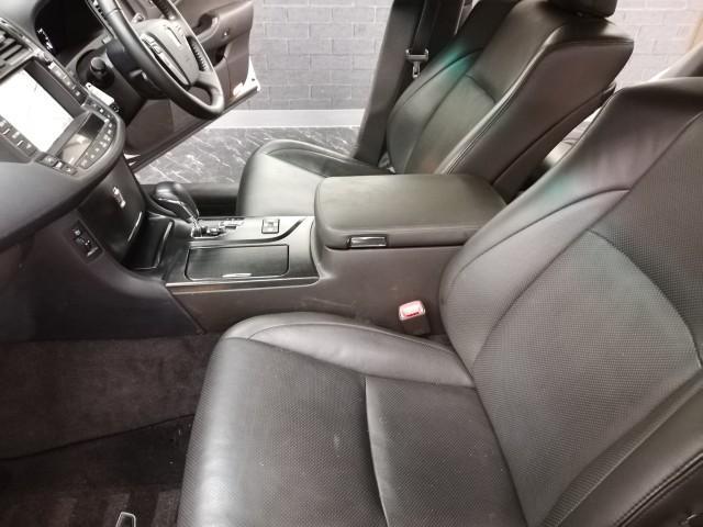 トヨタ クラウン 2.5アスリート ナビパッケージ 本革エアシート 純正マルチ