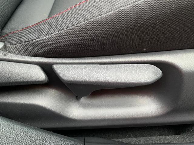 「トヨタ」「カローラスポーツ」「コンパクトカー」「群馬県」の中古車18