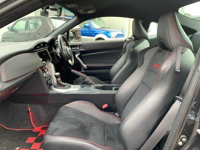 S シート ハーフレザー/ヘッドランプ HID/ETC/EBD付ABS/横滑り防止装置/エアバッグ 運転席/エアバッグ 助手席/エアバッグ サイド/アルミホイール LEDヘッドランプ 禁煙車 記録簿(6枚目)