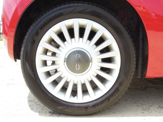 フィアット フィアット 500 1.4 16V ラウンジ ガラスルーフ 1年保証付 鑑定書付