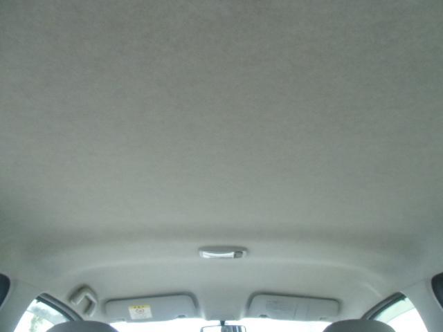 F 車検残R4年6月 アイドリングストップ キーレス AUX付CDデッキ ドアバイザー ABS(12枚目)