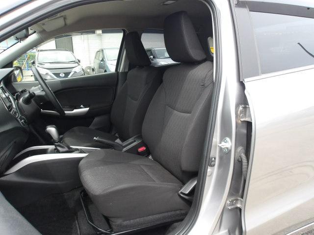 XG レーダーブレーキサポートII  メモリーナビ スマートキー プッシュスタート ETC フルセグ Bluetoot接続 DVD再生 運転席シートヒーター(13枚目)