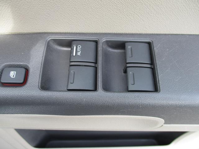 C フル装備 キーレス SDナビ バイザー ABS 禁煙車(27枚目)