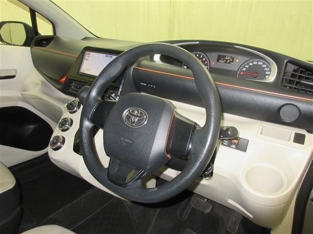 X 4WD ナビ 片側オートスライドドア 6人乗り キーレス(8枚目)