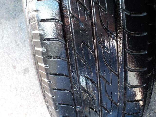 タイヤの溝もこの通り!