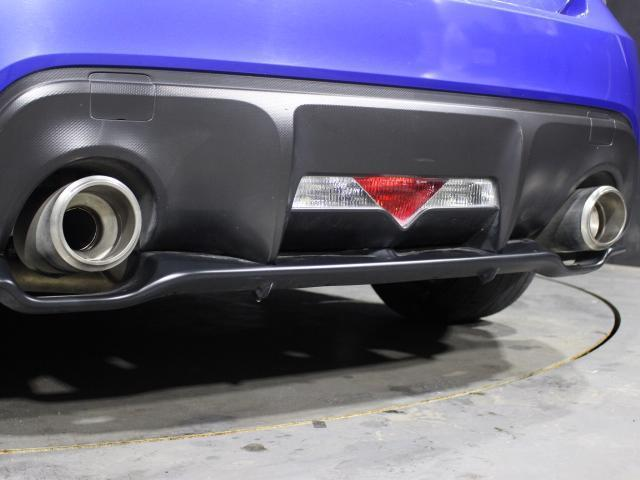 S C型 パナソニックSDナビ フルセグ バックカメラ 純正17インチアルミ パドルシフト スマートキー ETC HID 横滑り防止 オートライト(18枚目)