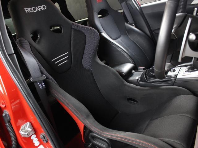 WRX STI Aライン B型 クスコ車高調 FGKマフラー ケンウッドメモリーナビ フルセグ ハイレゾ ETC D席レカロフルバケシート STIフロントリップスポイラー 社外18AW クルコン オートライト スマートキー(10枚目)