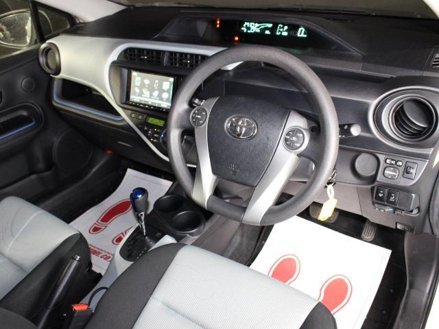 S ワンオーナー アプティ製ドライブレコーダー 純正15インチアルミ GTNETオリジナルUSBポート 純正CDデッキ ETC キーレスエントリー 横滑り防止(9枚目)