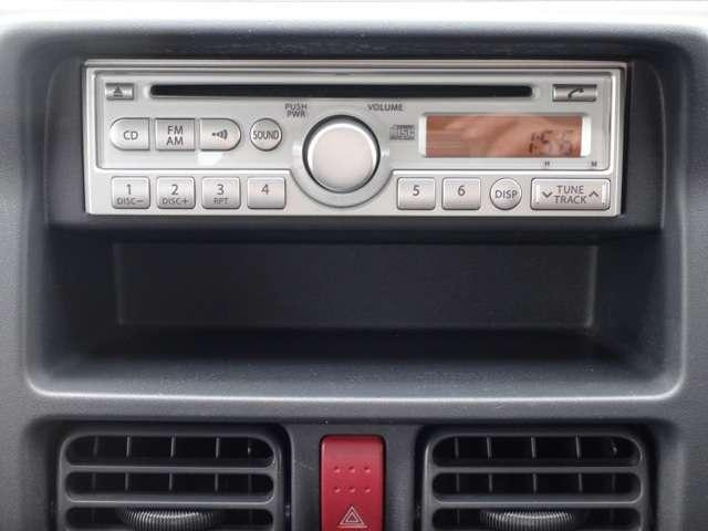 純正AM/FMラジオ付CDデッキ