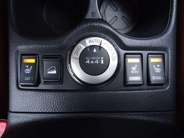 ECOモードスイッチONで、エンジンやCVTを良好な燃費で走るよう制御する「ECOモード」。アクセルワークによる過剰な燃料消費量を表示してドライバーのエコ運転をガイドします。◆アイドリングストップ◆