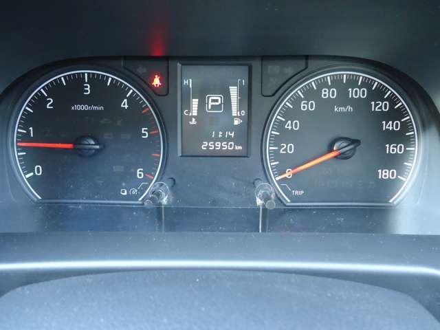 2.5ディーゼルターボ DX スーパーロング ワイドボディ ハイルーフ パートタイム4WD 3/6人乗り 社外メモリーナビ(パナソニックCN-B301B)衝突被害軽減ブレーキ バックカメラ リアクーラー キーレスエントリー ETC ワンオーナー パワーリフト(10枚目)