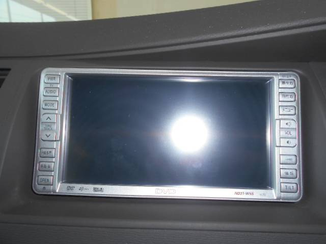 トヨタ アイシス プラタナ 純正ナビ 両側自動ドア HID 社外16AW