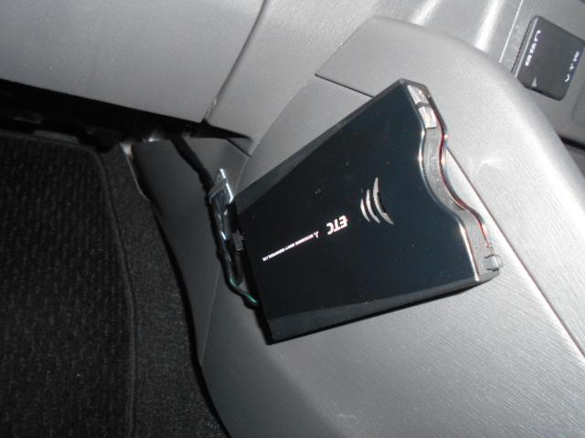 トヨタ プリウスアルファ Sツーリングセレクション ガラスルーフ ETC LED