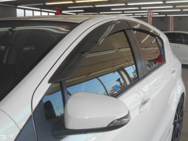 トヨタ アクア G G's 専用アルミ&エアロ 黒半革シート HIDヘッド