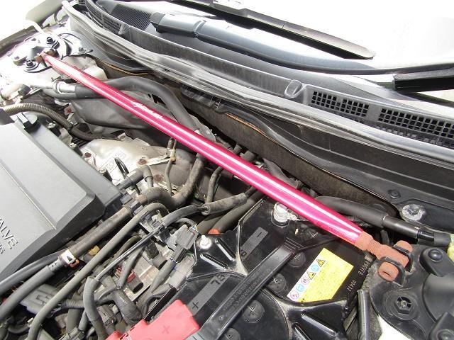 マツダ アテンザスポーツワゴン 25EX ライツレーAW KYBショック 黒革 1オナ