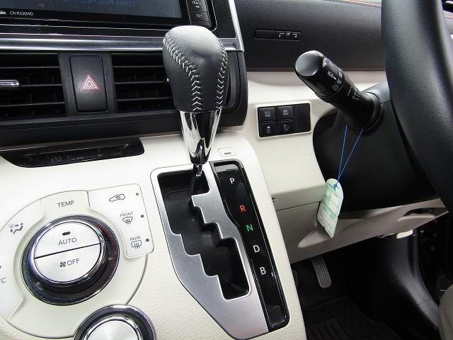 トヨタ シエンタ ハイブリッドG セーフティセンス ナビ地デジ 両側電動ドア