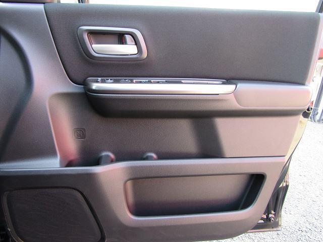 ハイブリッドG・ホンダセンシング 車いす仕様 9型インターナビ フルセグ DVD再生 音楽録音 ブルートゥース Bカメラ オートクルーズ ETC LEDヘッドライト フォグランプ ENKEI16AW インテリキー 両側電動 1オーナー(65枚目)