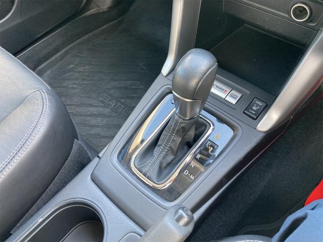 2.0XT アイサイト 4WD 衝突被害軽減装置 HID ETC付 キーフリー ドラレコ サンルーフ革シート 電動リアゲート(6枚目)