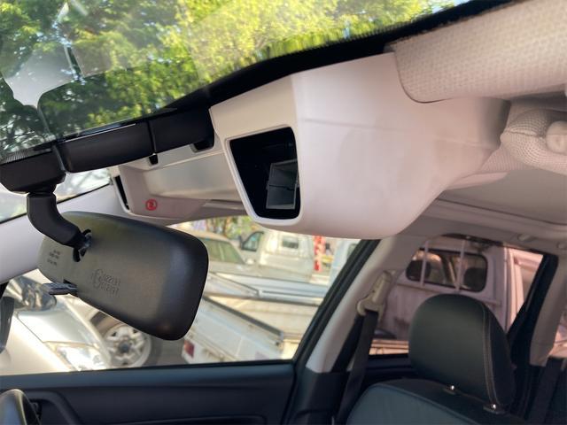 2.0XT アイサイト 4WD 衝突被害軽減装置 HID ETC付 キーフリー ドラレコ サンルーフ革シート 電動リアゲート(32枚目)