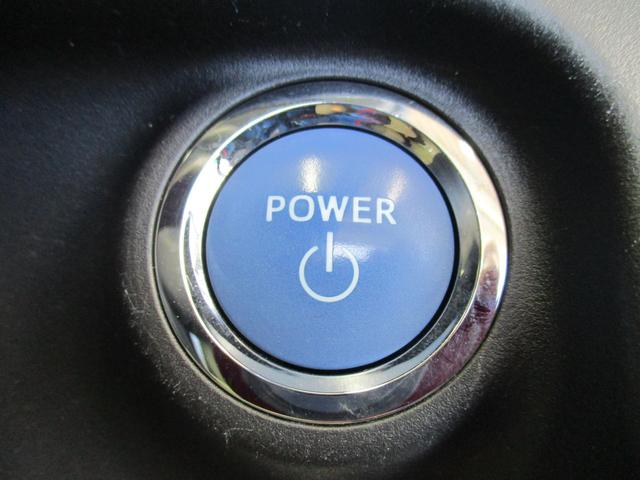 トヨタ アクア S  ワンセグメモリーナビ・ETC・スマートキー