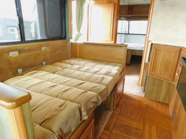 ダイネット部分ベッド展開時サイズ 長さ170cm幅103cm