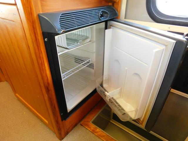 40リットルのDC冷蔵庫は、飲み物が凍ってしまう程の高性能!