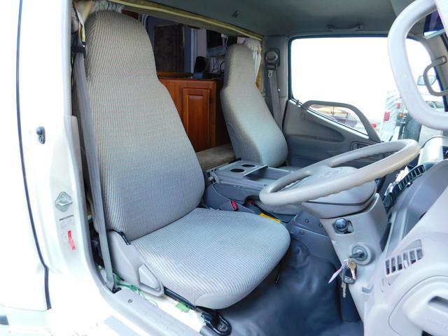 キャンピングカー ナッツRV クレソンW ディーゼル 4WD(17枚目)