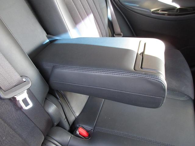 バックカメラの装備されていないお車には、社外バックカメラやレーダーなどを装備することができるのでご相談ください!