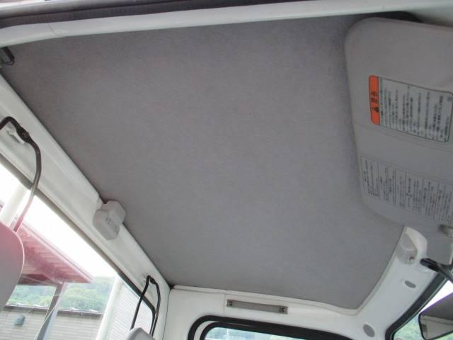 スバル サンバートラック TB 4WD オートマ エアコン 記録簿完備 車検2年付